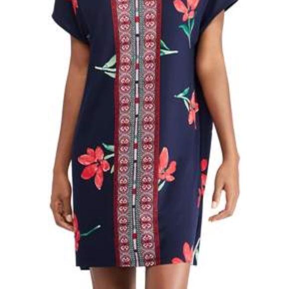 Chaps Dresses & Skirts - 🎉 HP 🎉Chaps Floral & Mosaic Print Shift Dress